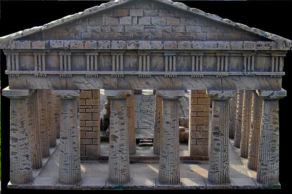 modello plastico colonne antiche