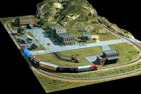 modelli plastici ferroviari