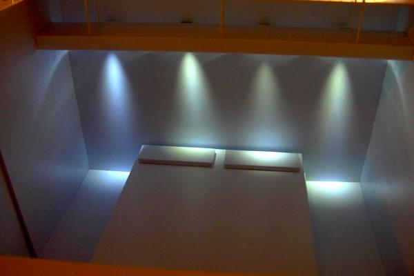 modello plastico  illuminazione interna