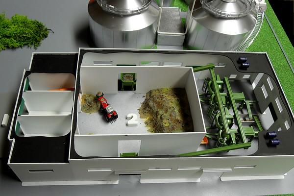 modello plastico impianto selezione rifiuti organici