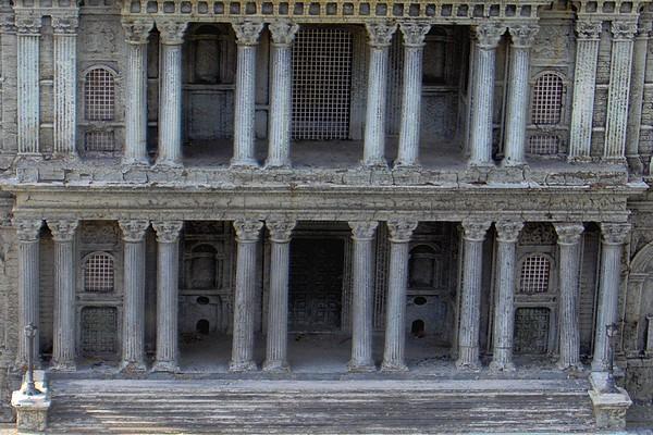 modello plastico palazzo storico