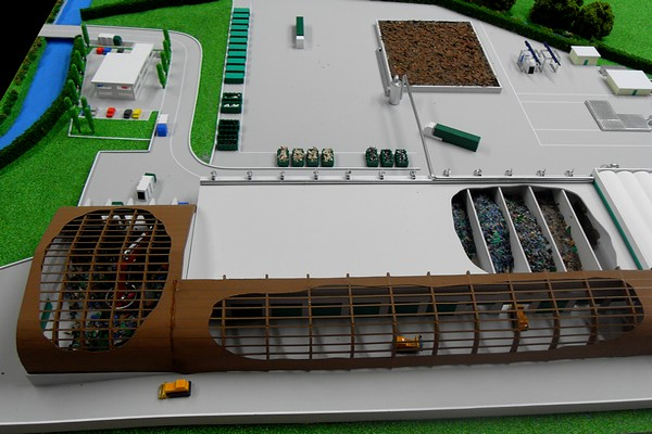 modello plastico sezione complesso industriale