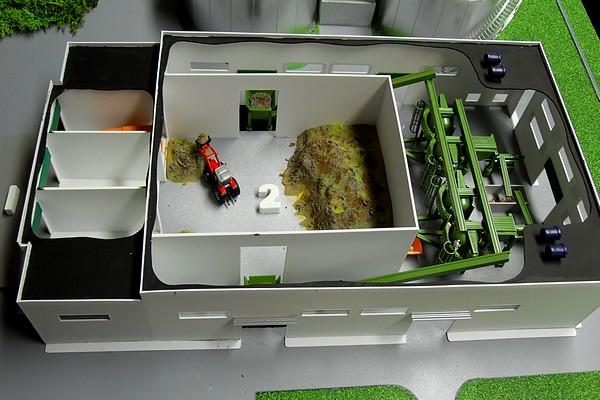 modello plastico sezione stabilimento industriale
