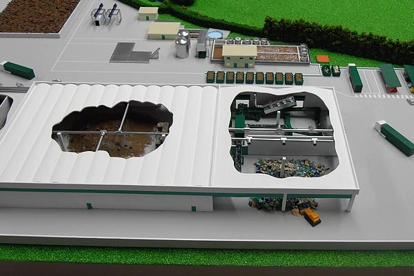 modello plastico sezione stabilimento trattamento rifiuti