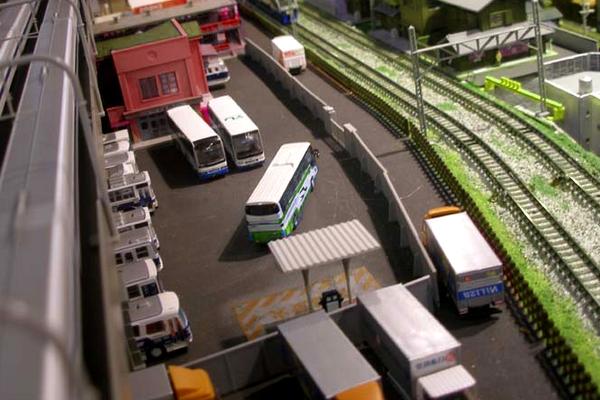 modello plastico deposito logistica e trasporti