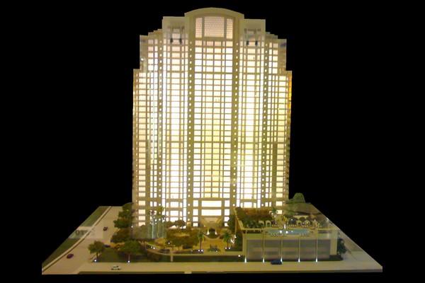 modello plastico grattacielo